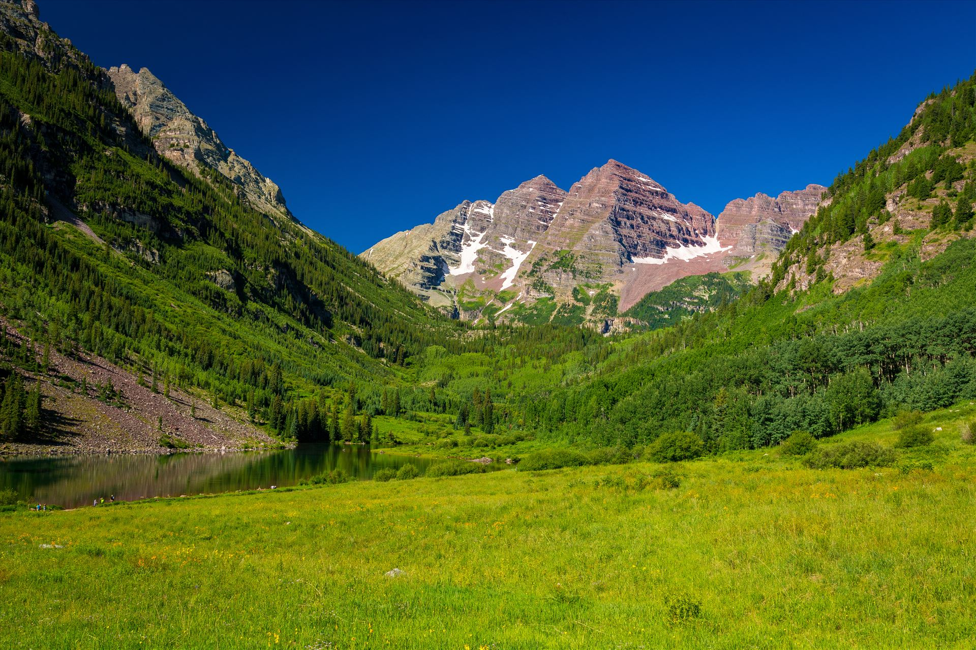Maroon Bells in Summer No 03 -  by D Scott Smith