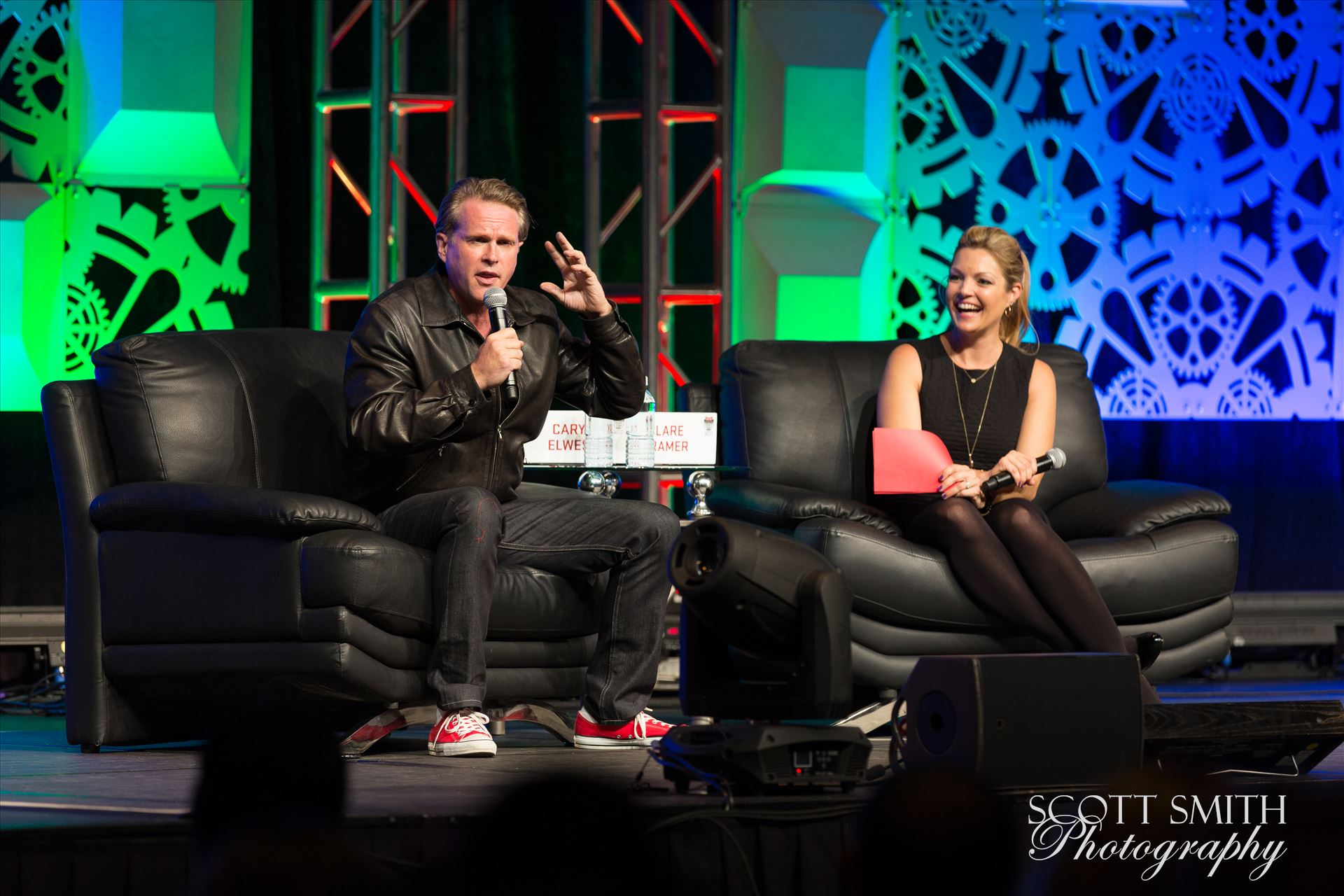 Denver Comic Con 2016 28 - Denver Comic Con 2016 at the Colorado Convention Center. Clare Kramer and Cary Elwes. by D Scott Smith