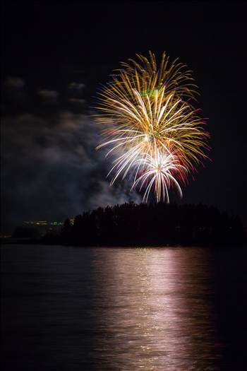 Dillon Reservoir Fireworks 2015 17 by D Scott Smith