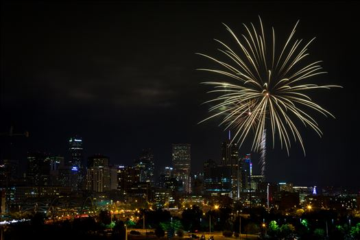 Elitch's Fireworks 2016 - 9 - Fireworks from Elitch Gardens, taken near Speer and Zuni in Denver, Colorado.