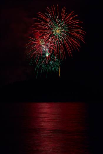 Dillon Reservoir Fireworks 2015 51 by D Scott Smith