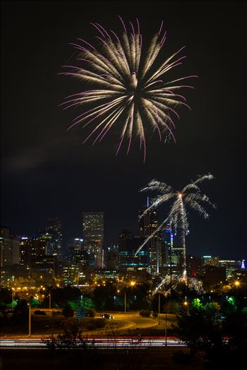 Elitch's Fireworks 2016 - 4 - Fireworks from Elitch Gardens, taken near Speer and Zuni in Denver, Colorado.